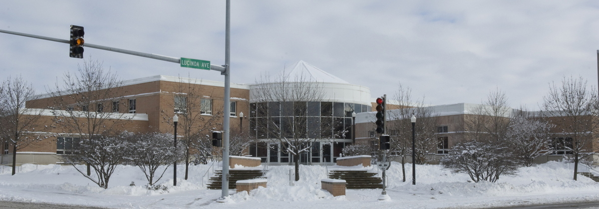 07-Winter Campus-1205-WD-139