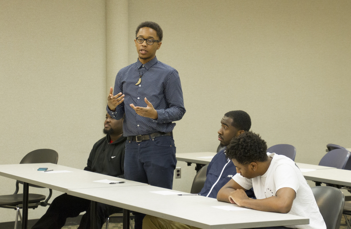 15-Black Male Initiative -JH-0217- 028 resize.jpg