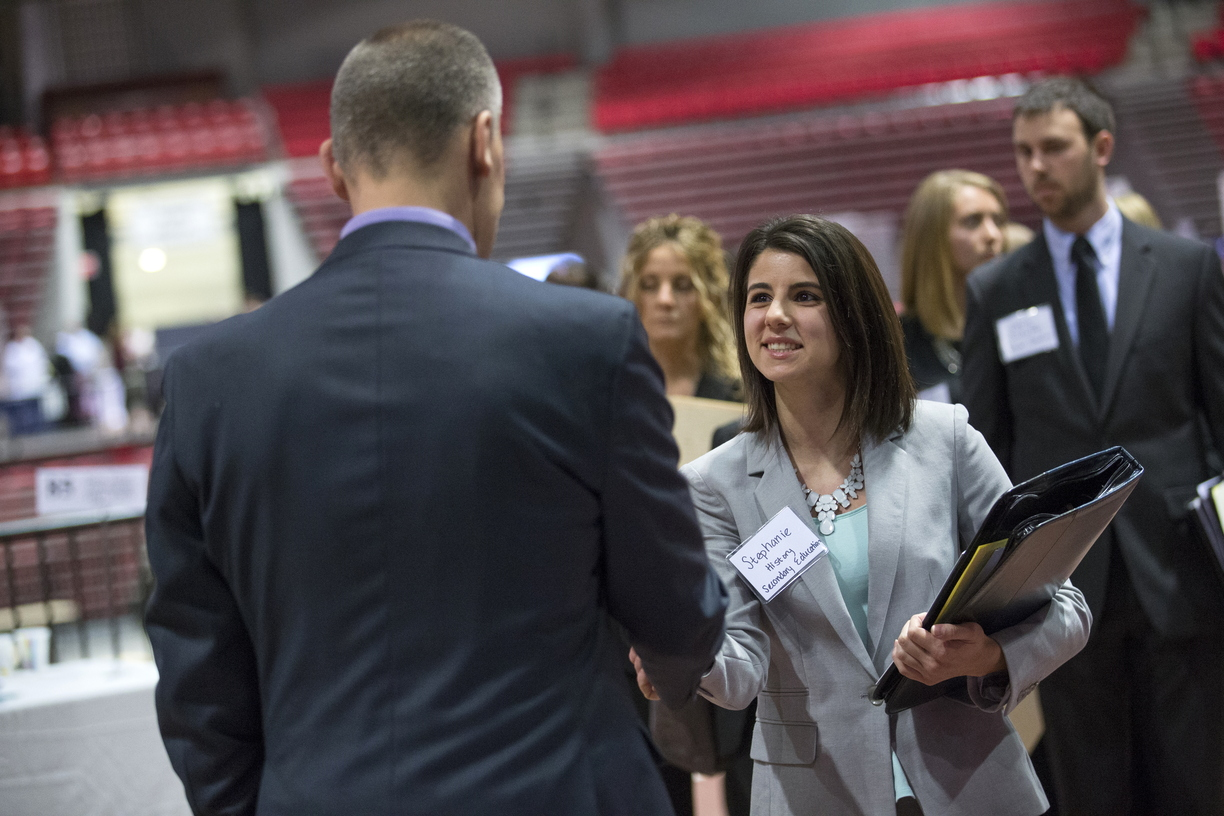 16-Ed-Job-Fair-0222-SW-11.jpg