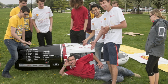 16-CEET-Supermileage-0426-RB-15