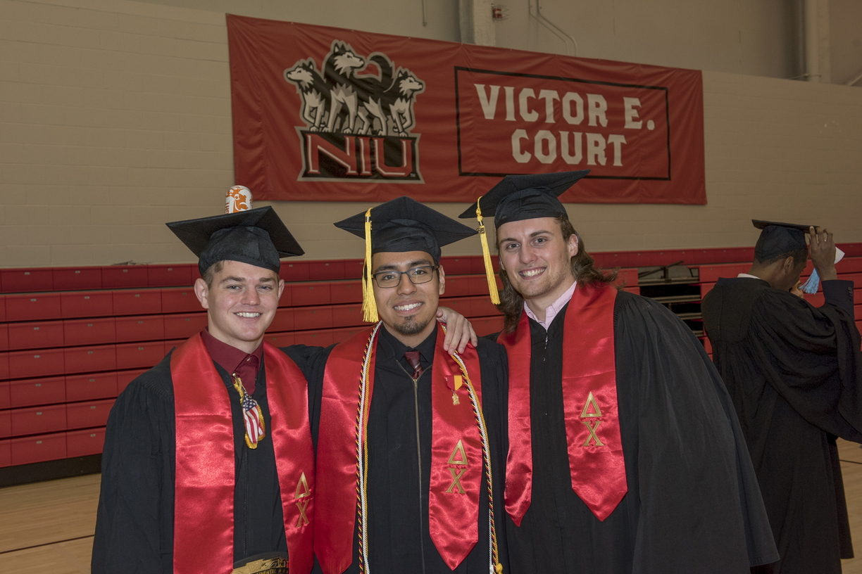 16-Commencement-0514-RB-28.jpg