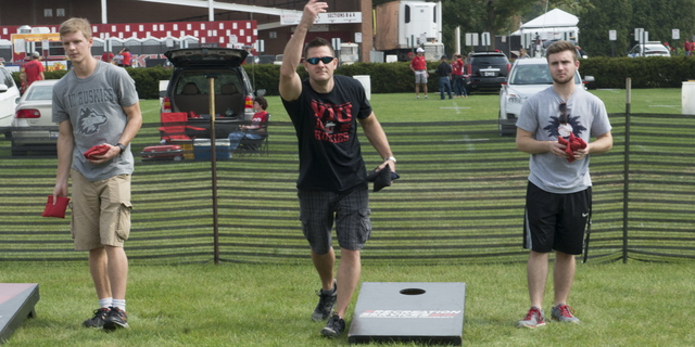 16-Family Weekend-Bags Tourney-0924-WD-018