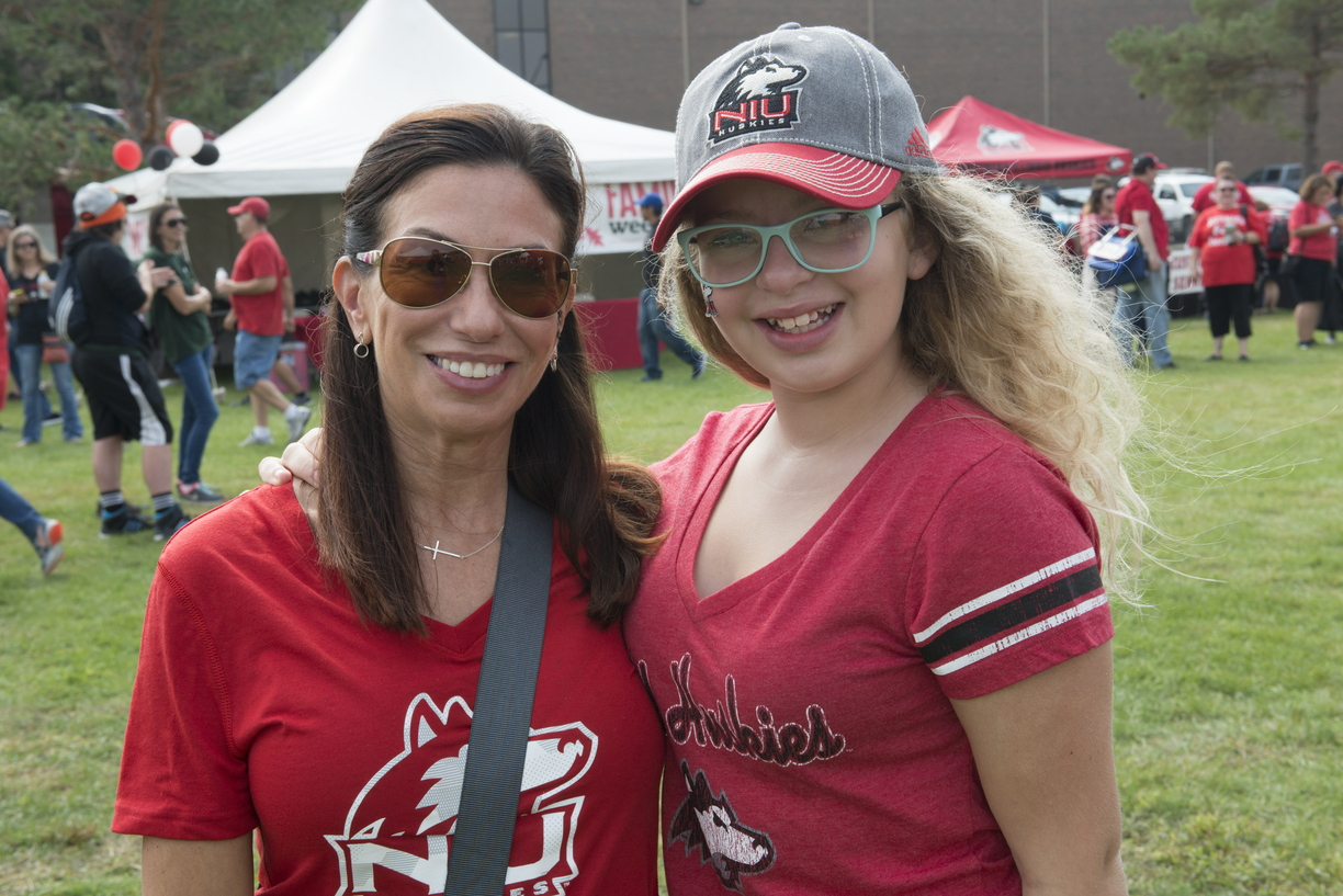 16-Family_Weekend-Tailgate-0924-WD-037.jpg
