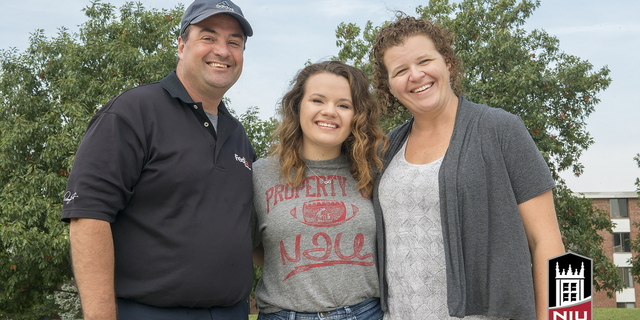 16-Family Weekend-Family Portraits-0925-WD-045