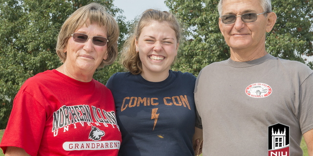 16-Family Weekend-Family Portraits-0925-WD-089