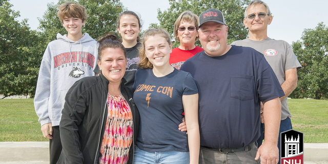 16-Family Weekend-Family Portraits-0925-WD-092