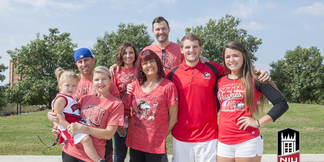 16-Family Weekend-Family Portraits-0925-WD-153