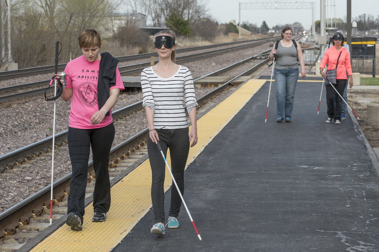 15-CoE-BlindMobility-0414-RB-021.jpg