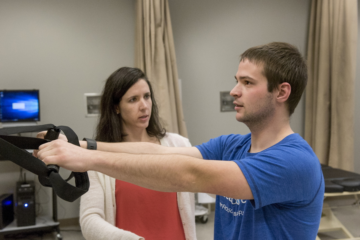 16-CHHS-PhysicalTherapy-1110-RB-35.jpg