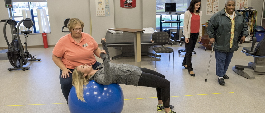 16-CHHS-PhysicalTherapy-1110-RB-07