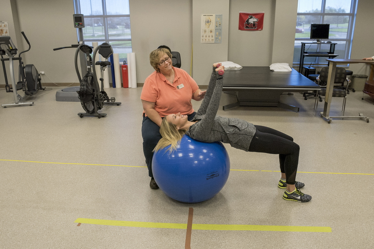 16-CHHS-PhysicalTherapy-1110-RB-09.jpg