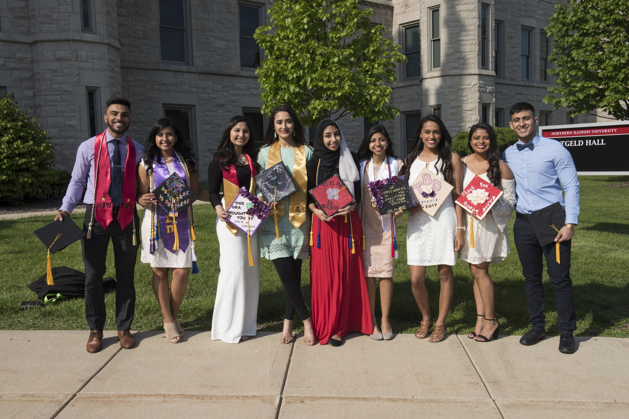 17-Graduates_Outside_of_Altgled-0512-WD-006.jpg