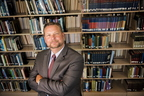 17-Libraries Dean Fred Barnhart-0809-DG-025