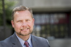 17-Libraries Dean Fred Barnhart-0809-DG-052