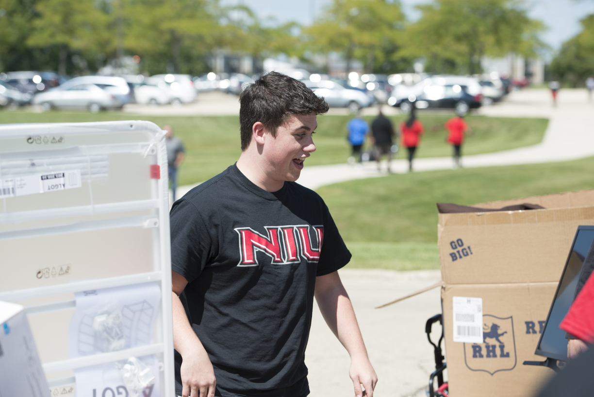 17-Move-In_Gavin_Zbynski-0825-WD-026.jpg
