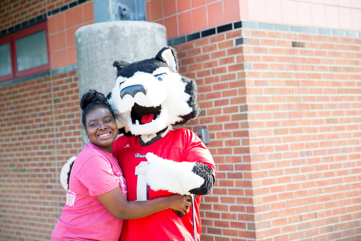 17_Huskie Fall Kick-Off_0825_MKL_019.jpg