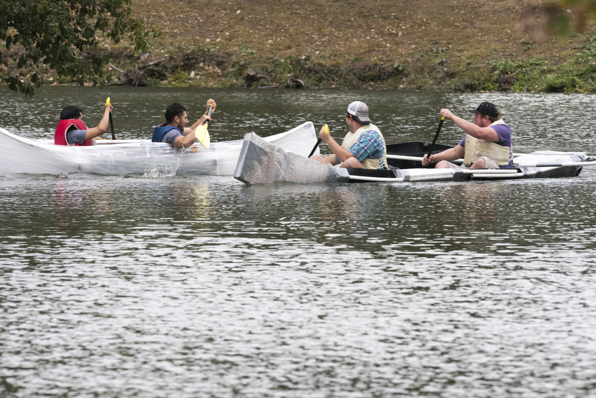 17-Homecoming-Recycled_Boat_Race-1003-WD-203.jpg