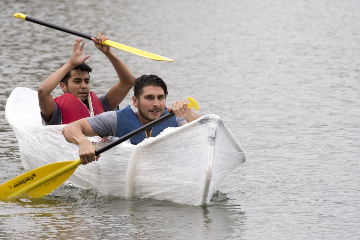 17-Homecoming-Recycled_Boat_Race-1003-WD-454.jpg