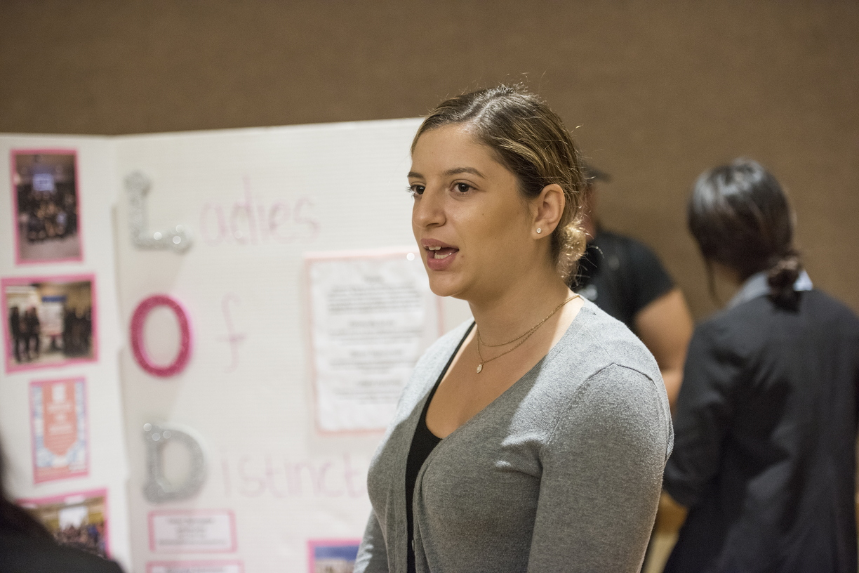 17-Diversity Reverse Career Fair-1004-DG-047.jpg