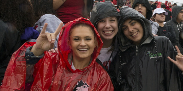 17-Homecoming-Fans-1007-WD-067