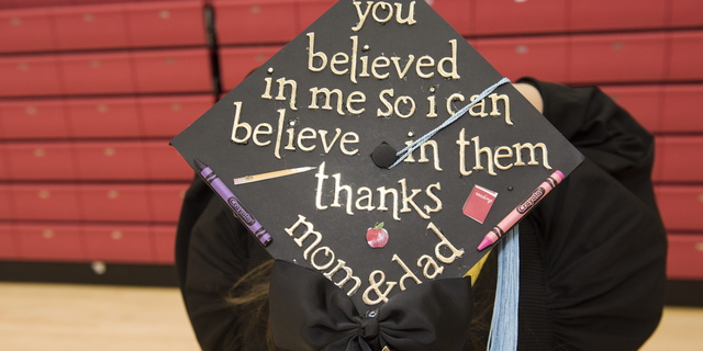 17-Commencement-1217-WD-019