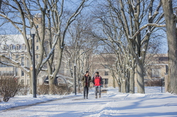 18- Campus Snow-0206-DG-033