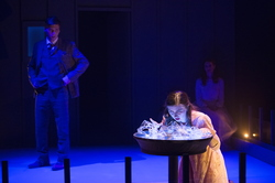 18-The Glass Menagerie-0206-WD-0668