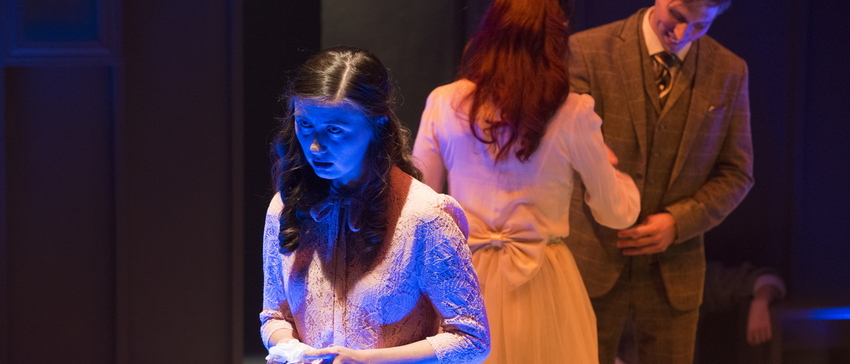 18-The Glass Menagerie-0206-WD-0679