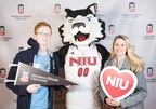 18-Admitted Students Day Photo Booth-0219-DG-028