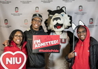 18-Admitted Students Day Photo Booth-0219-DG-040