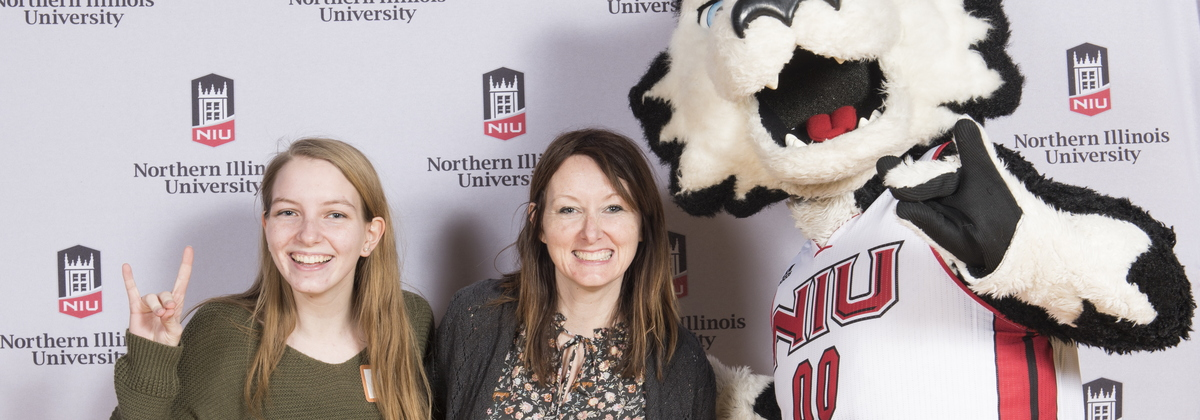 18-Admitted Students Day Photobooth-0305-WD-007