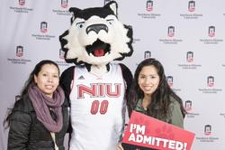 18-Admitted Students Day Photobooth-0305-WD-024