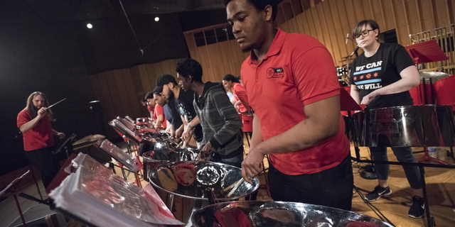 18-Steel Pan Rehearsal and Performance-0422-DG-069