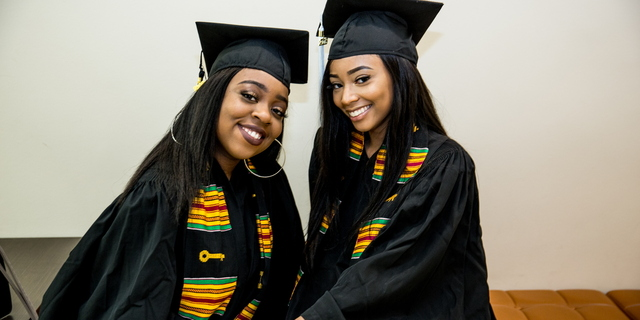 18 BlackGradCeremony 0511 MKL 002