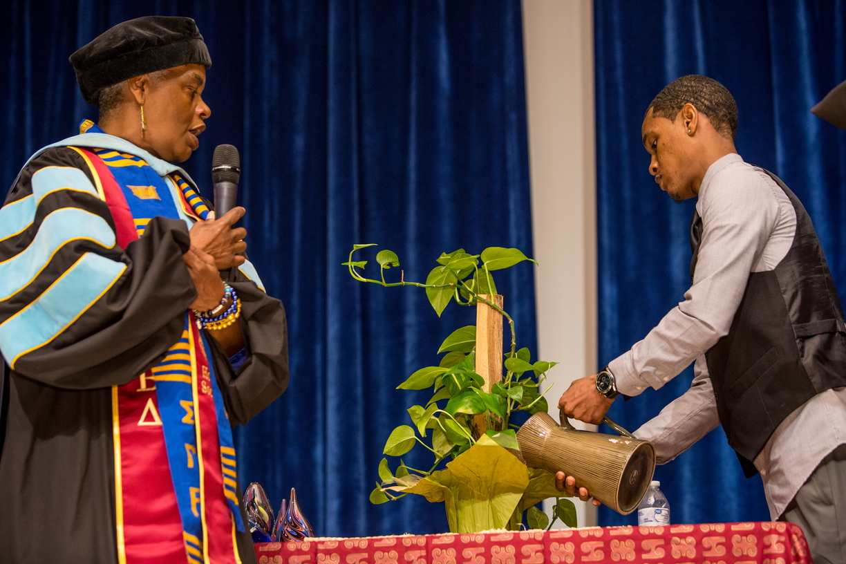 18_BlackGradCeremony_0511_MKL_040.jpg