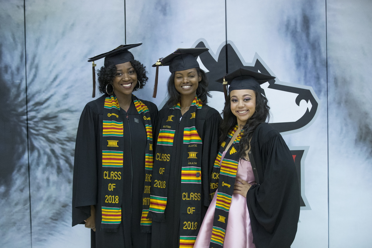 18-Commencement-2-0512-SW-14.jpg