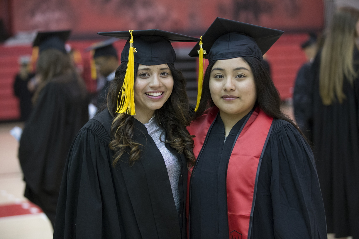 18-Commencement-3-0512-SW-001.jpg