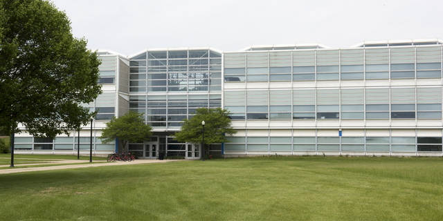 18-Campus-Engineering Building-0529-WD-10