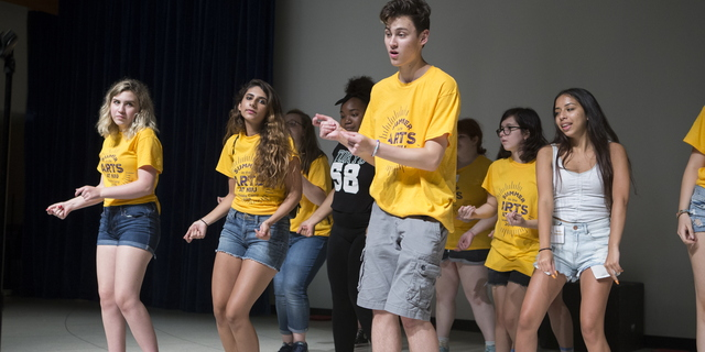 18-VPA-Theatre-Senior-Camp-0720-SW-125
