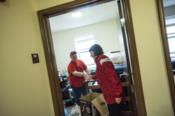 18-Lisa Freeman Moving In New Hall-0824-DG-119