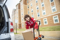 18-Lisa Freeman Moving In New Hall-0824-DG-063