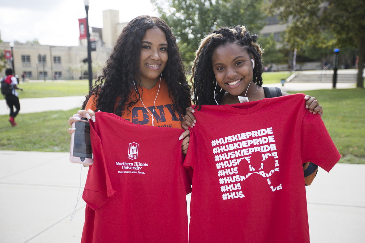 18-College-Colors-Day-0830-SW-32.jpg
