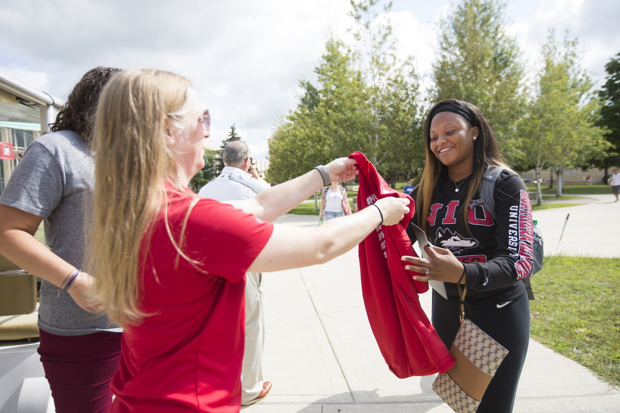 18-College-Colors-Day-0830-SW-38.jpg