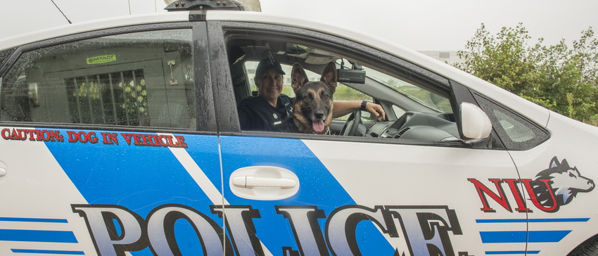 18-Officer York and Izzy-0906-WD-376