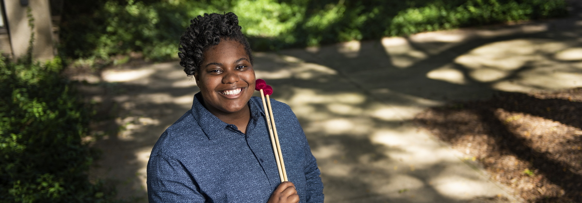 18-Akeelah Taylor-Percussion Lab-0913-DG-002