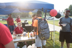 18-Welcome Days- Start NIU Grill Out-0825-LN-59
