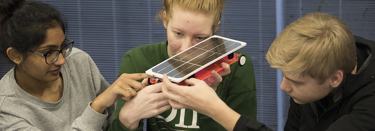 18-CEET-Solar Car Event-1101-WD-117