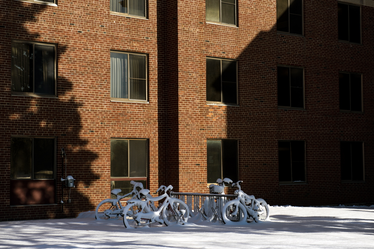 18- Around Campus Snow -1127-MZ003.JPG