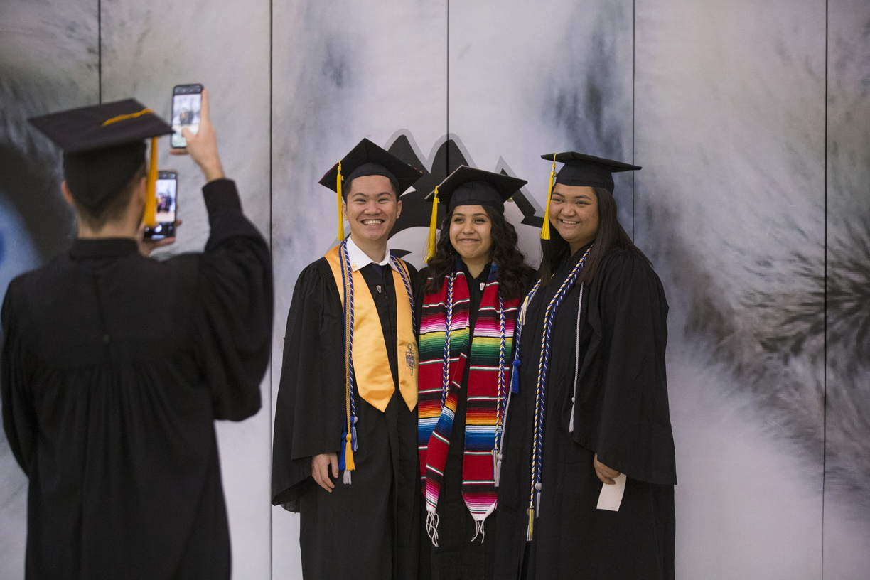 18-Commencement-2-1216-SW-009.jpg
