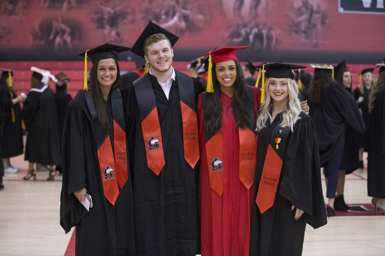 18-Commencement-2-1216-SW-021.jpg